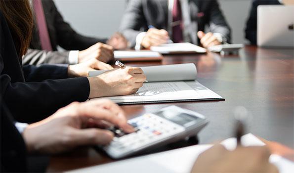 事業提携、マイナー投資からスタート。段階的に事業投資を進める